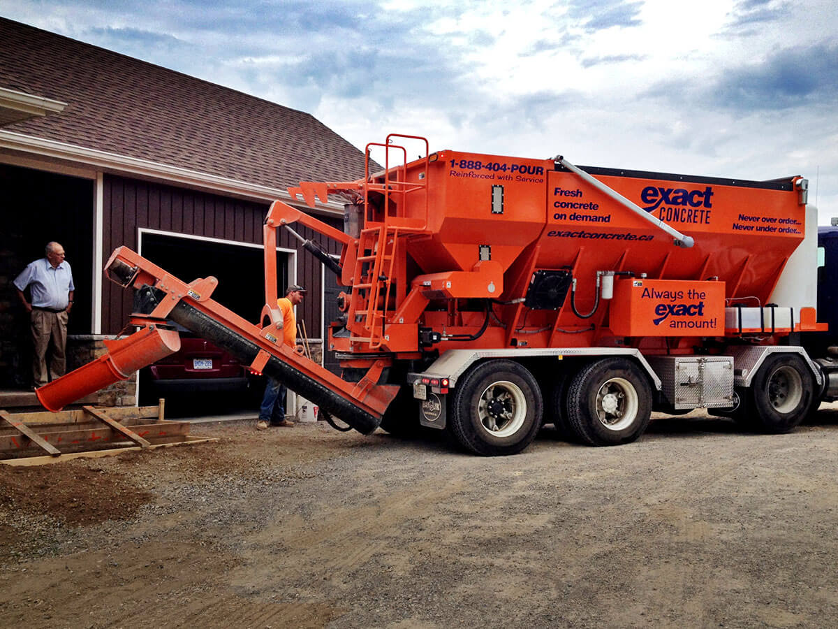 Volumetric Concrete Mixer - Bay-Lynx Manufacturing